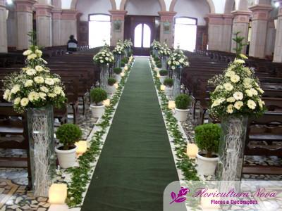 decoração-da-igreja-casamento-15