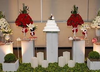 decoração-da-mesa-de-bolo-casamento-10
