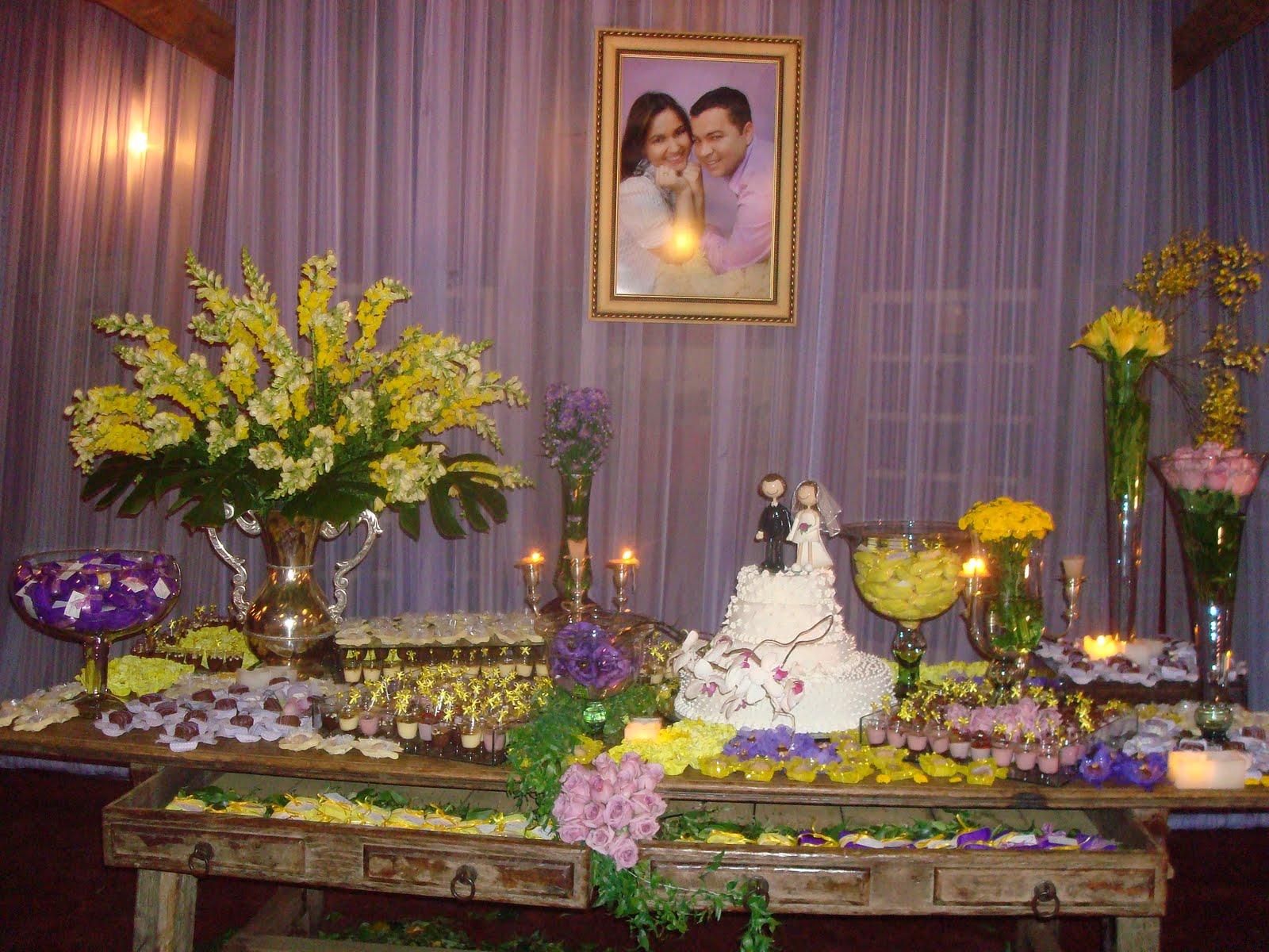 decoração-da-mesa-de-bolo-casamento-20
