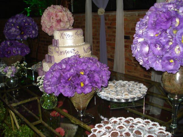 decoração-da-mesa-de-bolo-casamento-4