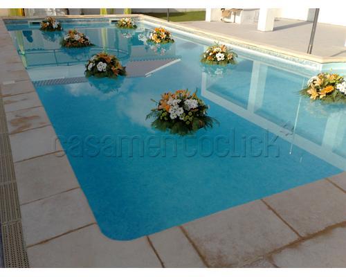 decoração-da-piscina-para-casamento-2
