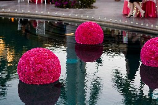 decoração-da-piscina-para-casamento-7