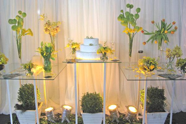 foto-decoracao-amarela-casamento