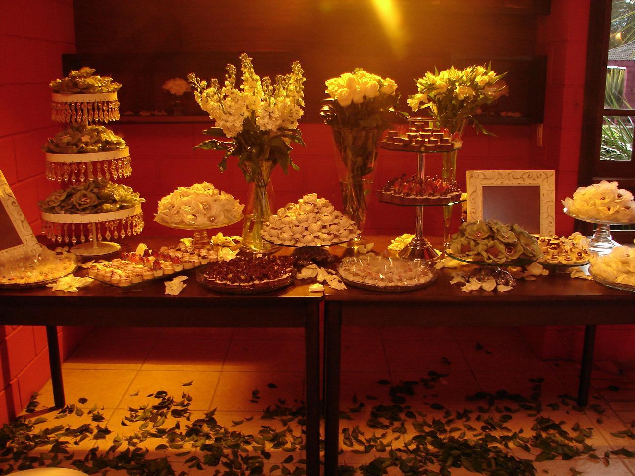 decoração-mesa-doce-casamento-10