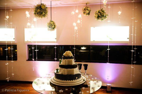 Decoração Preto e Branco para Casamento – 20 Fotos