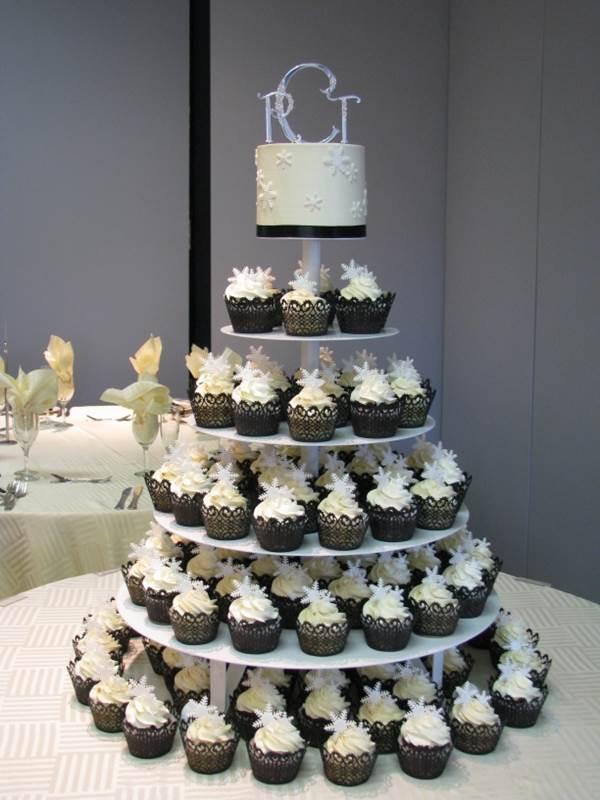 bolo-de-cupcake-para-casamento-14