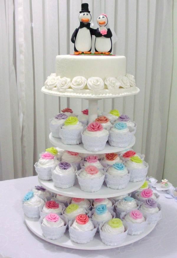 bolo-de-cupcake-para-casamento-21