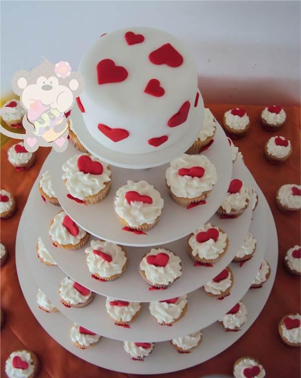 bolo-de-cupcake-para-casamento-24