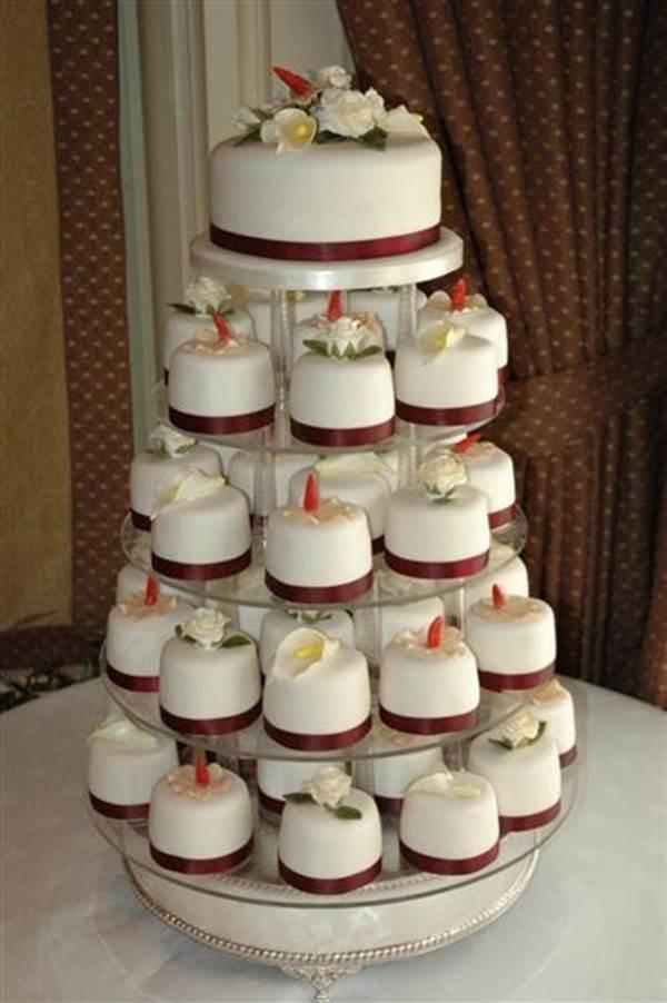 bolo-de-cupcake-para-casamento-26
