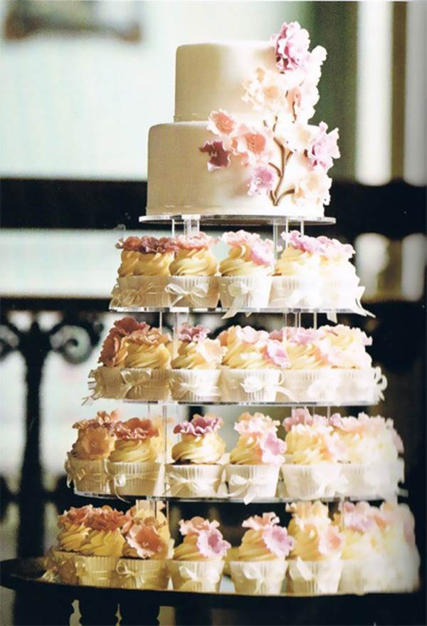 bolo-de-cupcake-para-casamento-6