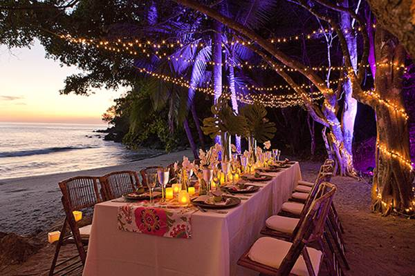 A wedding table styled by Aimee Monihan of Tropical Occasions at Tulemar Beach, Manuel Antonio, Costa Rica.
