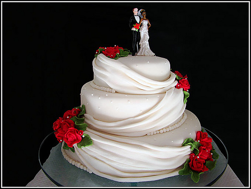 Bolos decorados de casamento simples 10 fotos de casamentos a resoluo dessa imagem full size thecheapjerseys Gallery