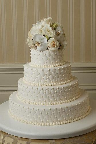 bolos-decorados-de-casamento-simples-16
