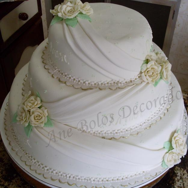 bolos-decorados-de-casamento-simples-4