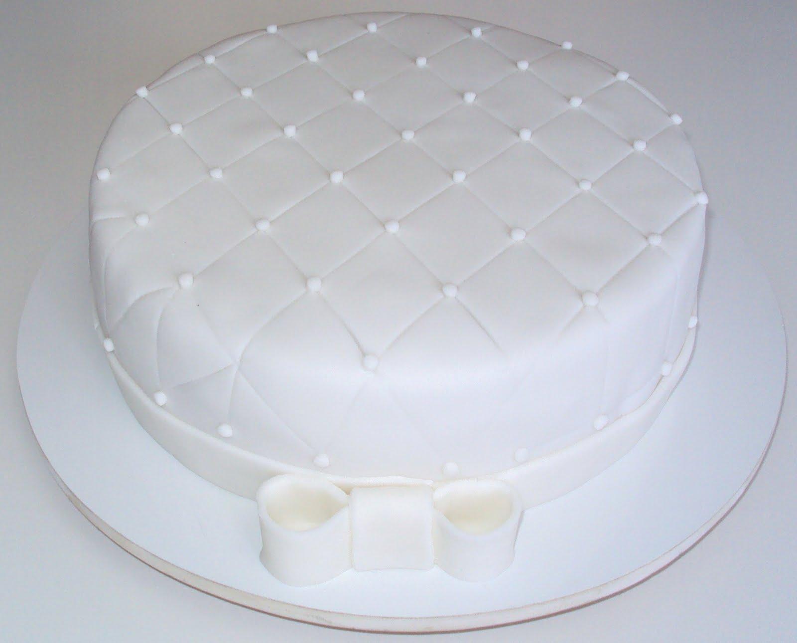 bolos-decorados-de-casamento-simples-7
