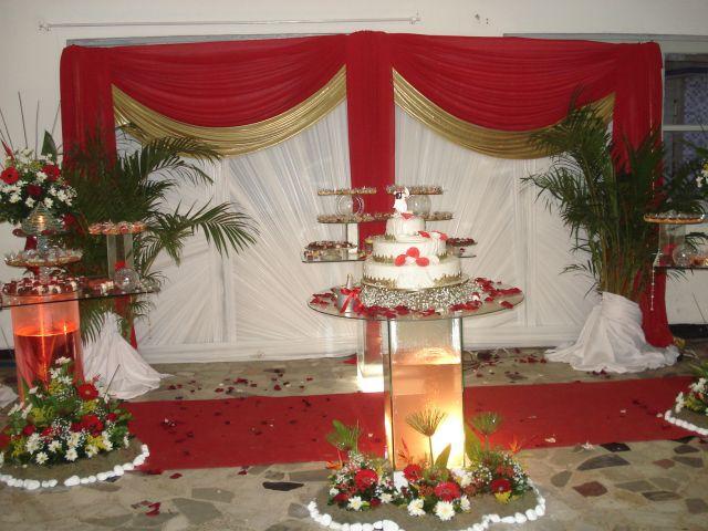 Confira alguns modelos de Casamento Vermelho e Dourado e inspirese