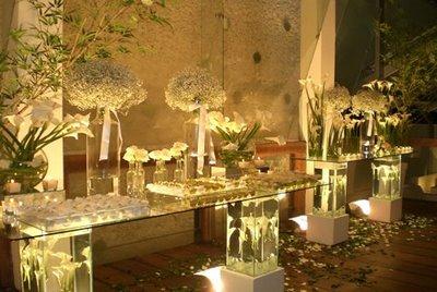 mesas-de-bolo-decoradas-para-casamento-simples-15