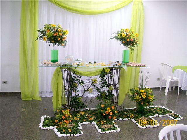 mesas-de-bolo-decoradas-para-casamento-simples-5