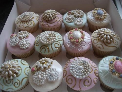 mesas-de-casamento-decoradas-com-cupcakes-20