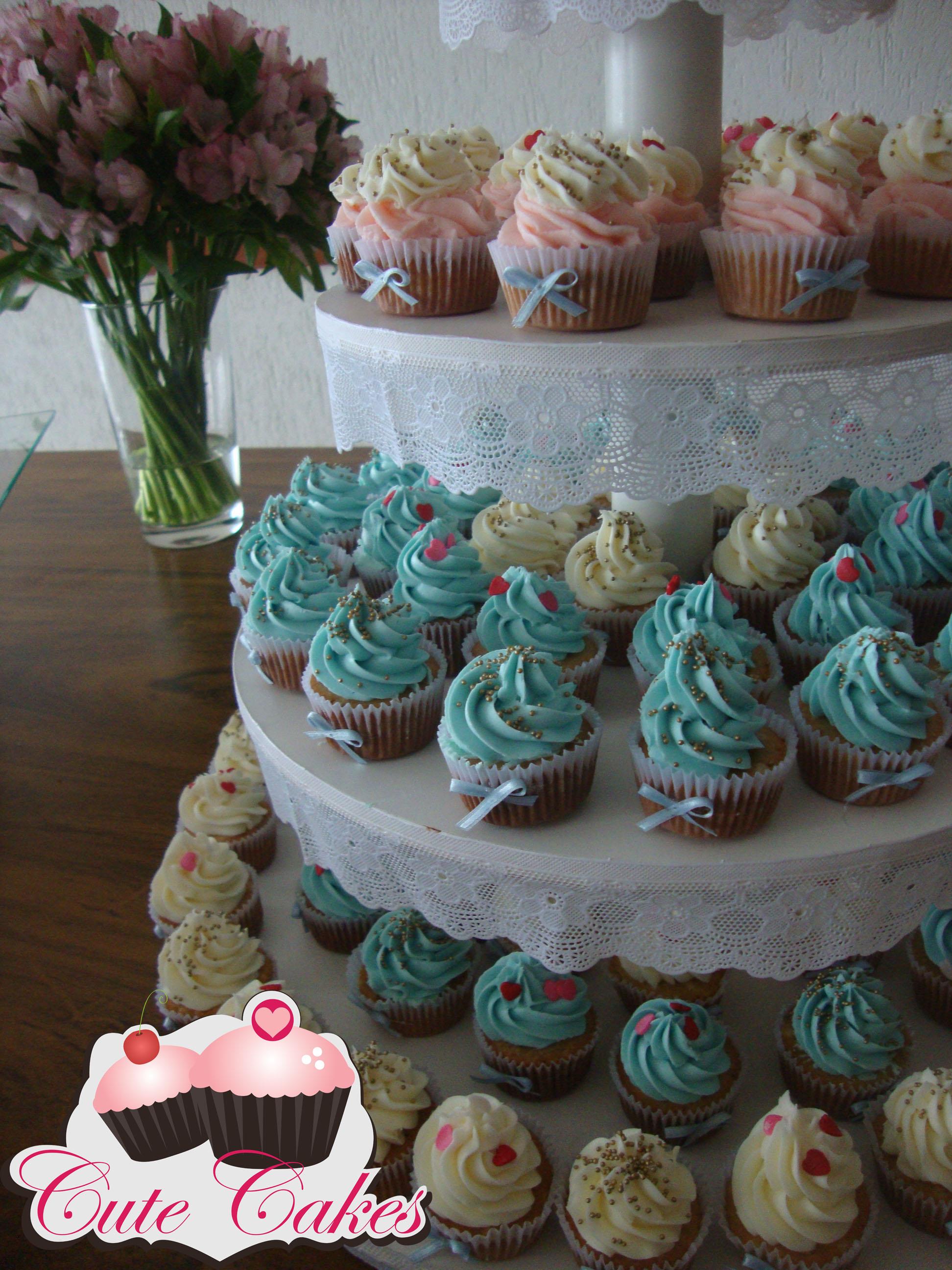 mesas-de-casamento-decoradas-com-cupcakes-6