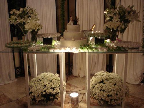 30 mesas de casamento decoradas com mini bolos fotos de - Fotos de mesas decoradas ...