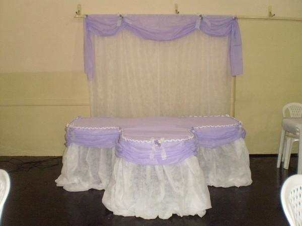 mesas-de-casamento-decoradas-com-tnt-2