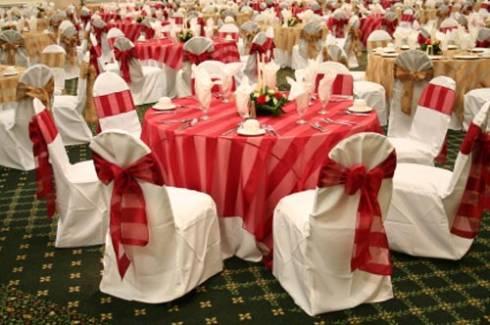 Mesas de casamento decoradas com Tnt