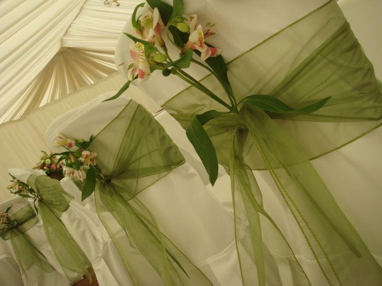 mesas-de-casamento-decoradas-com-tnt-6