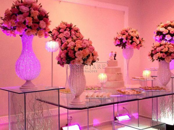 Mesas de Casamento Decoradas com Vasos de Flores