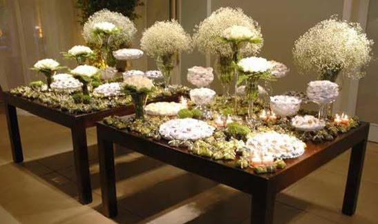mesas-de-casamento-decoradas-com-vasos-de-flores-12