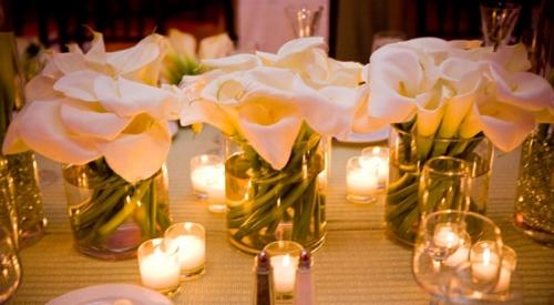 mesas-de-casamento-decoradas-com-vasos-de-flores-2