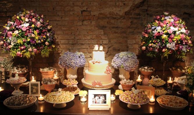 mesas-de-casamento-decoradas-com-velas-14