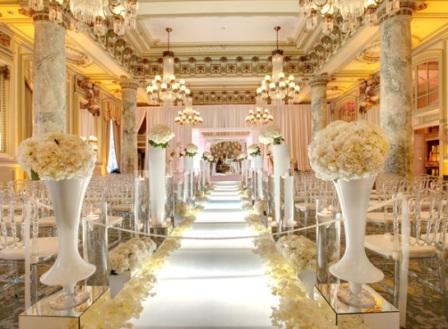 casamento-branco-dourado-entrada