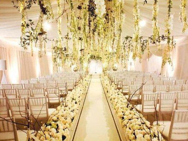 casamento-branco-dourado-flores
