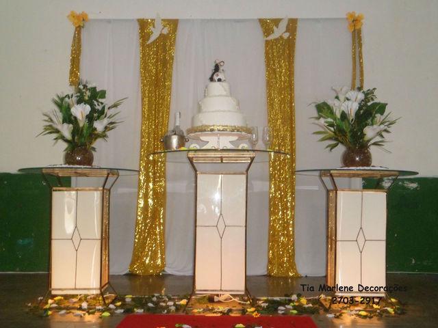 casamento-branco-dourado-mesa-bolo