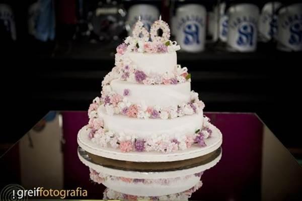 bolo-para-bodas-de-diamante-15