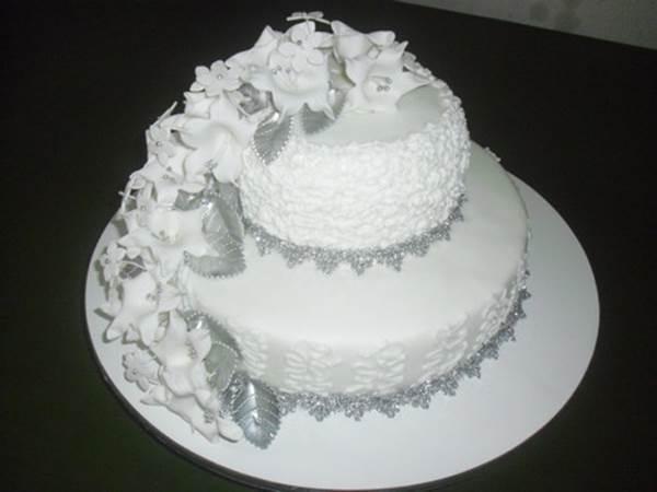 bolo-para-bodas-de-diamante-3