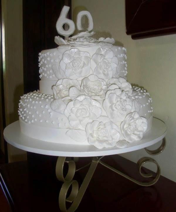 bolo-para-bodas-de-diamante-8