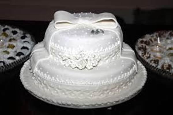 bolo-para-bodas-de-diamante-9