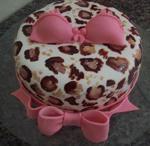 bolo-para-cha-de-lingerie-27