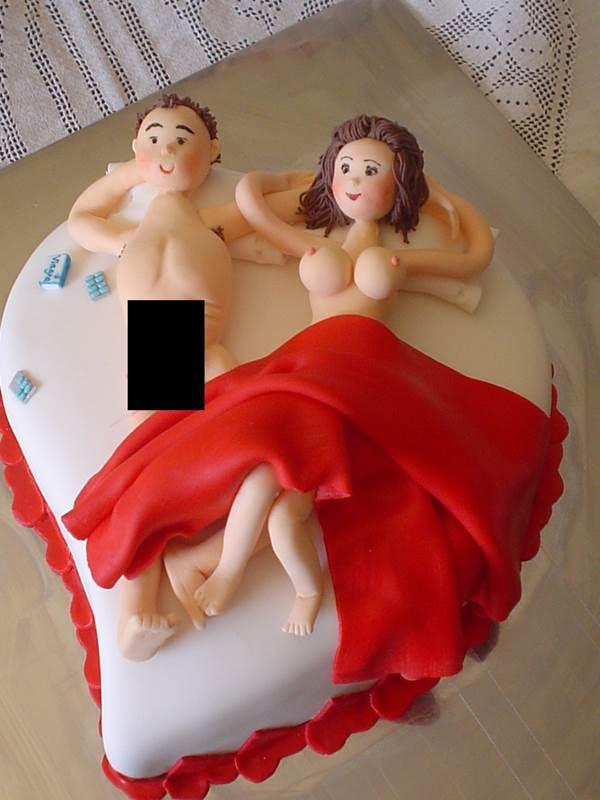 bolo-para-cha-de-lingerie-43